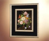 Натюрморт с букетом цветов в вазе