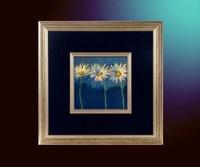 Цветы на голубом 3